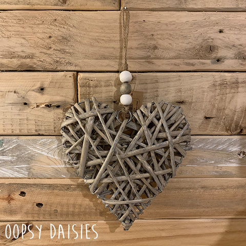 Medium Wicker Heart - Grey Wash 11066