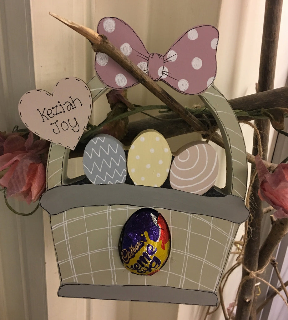 Easter Basket with Cadbury's Egg 7538