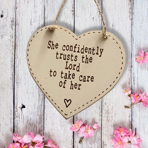 10cm Thick Heart Plaque - She Confidently Trust the Lord 9812