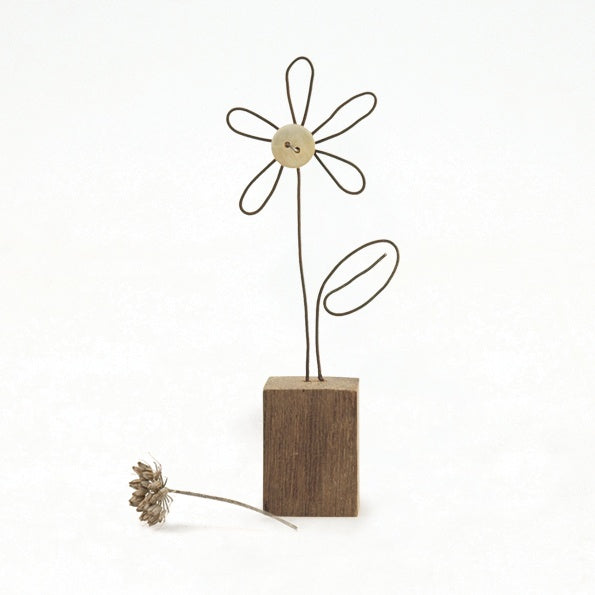 Wire Flower in a Wooden Block 9619