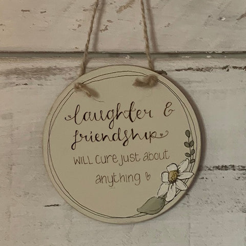 Handmade Daisy Round Plaque - Laughter & Friendship 9929