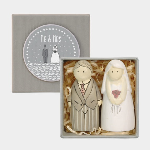 Boxed Bride and Groom 654