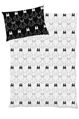 Tobias & the Bear - Super Batty Cotbed Duvet & Pillowcase Set - BubbleChops - 1