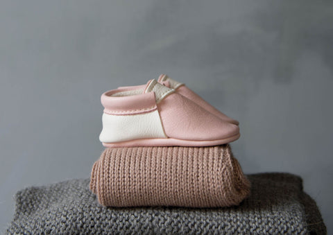 Amy & Ivor Blush/White Urban Moccasins - BubbleChops - 1