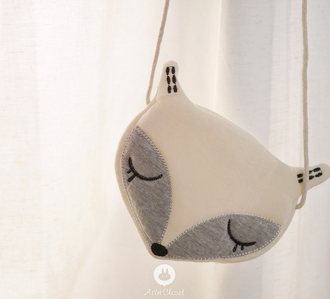 Arim Closet - Fox Bag (Ivory & Grey)