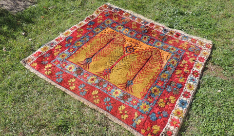 antique konya rugs