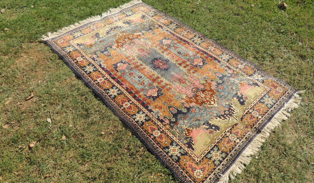 Turkish Rug with Extra Ordinary Abstract Design
