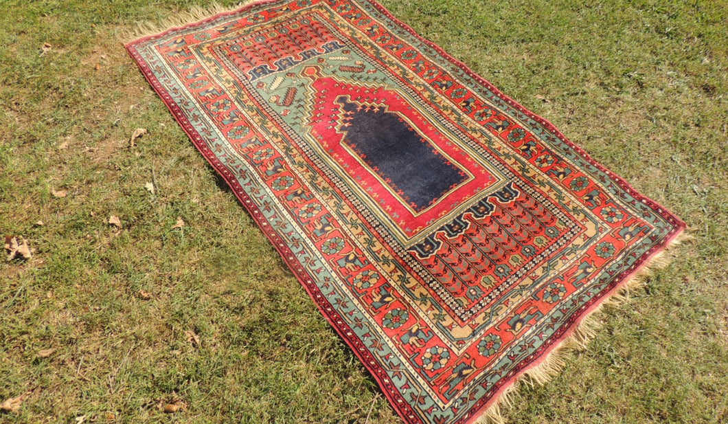 Turkish Konya Prayer Rug 4x6