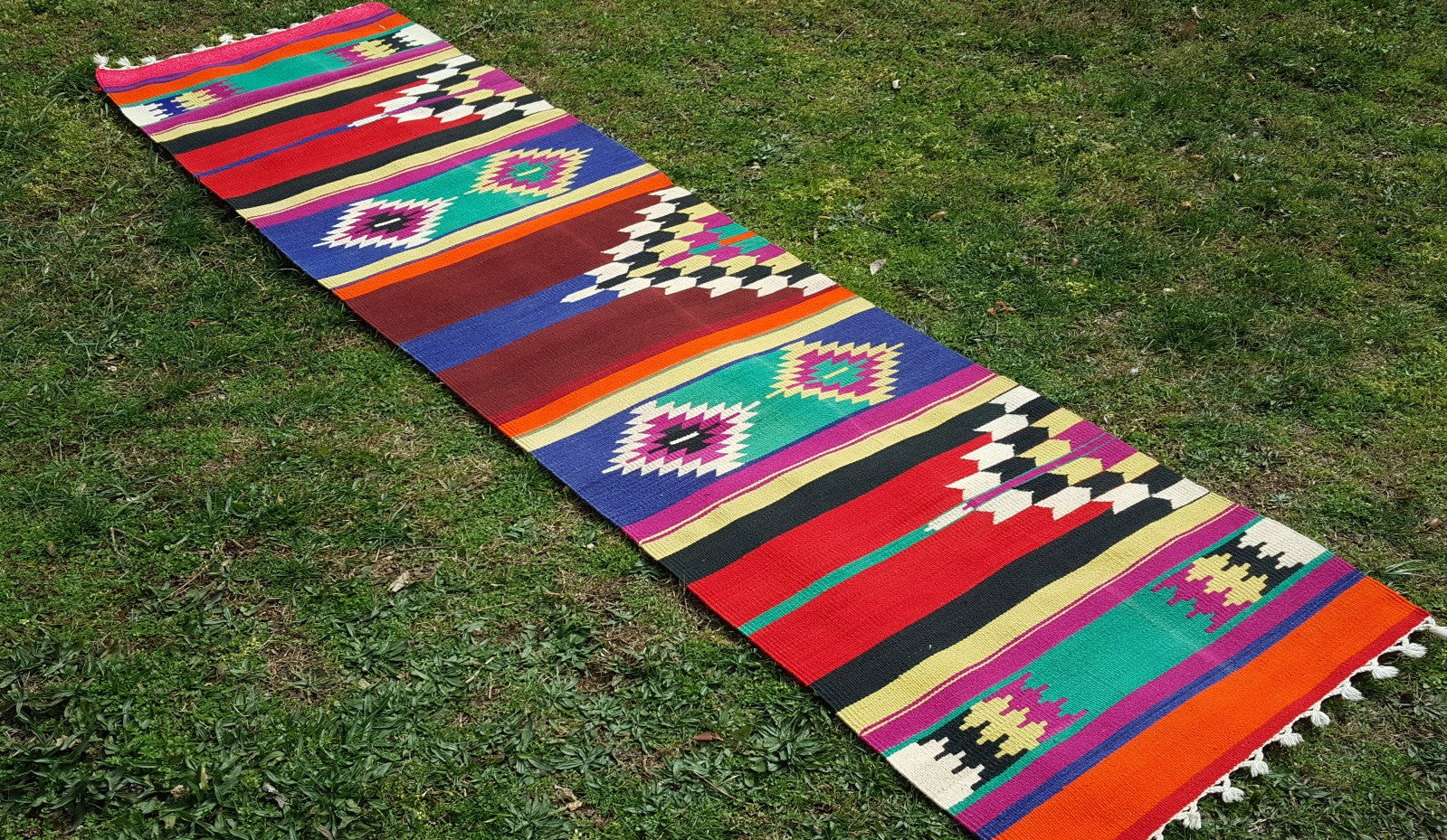 2,8 x 8,8 feet Turkish Runner Kilim Rug