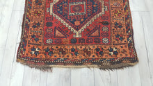Antique Shiraz Persian Rug Wool on wool Carpets