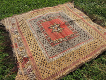 "Square Turkish kilim ""Sofrah"" - bosphorusrugs  - 3"