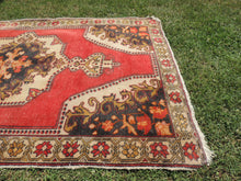 Vintage Turkish Area rug with low piles - bosphorusrugs  - 5