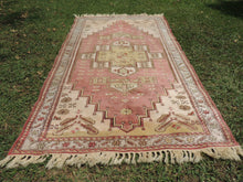 Vintage Turkish Milas rug silky wool - bosphorusrugs  - 3