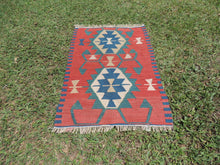 Small vintage boho Turkish kilim rug - bosphorusrugs  - 2