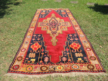 rug with medallion