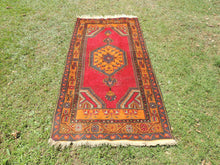Vintage wool Turkish area rug - bosphorusrugs  - 2