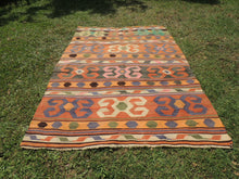 Nomad Turkish kilim rug with tribal design - bosphorusrugs  - 3