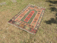 Lovely prayer kilim rug - bosphorusrugs  - 4