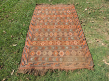 4x7 ft. Decorative Kilim Rug with Earthy Colors - bosphorusrugs  - 2