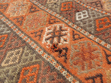 4x7 ft. Decorative Kilim Rug with Earthy Colors - bosphorusrugs  - 8