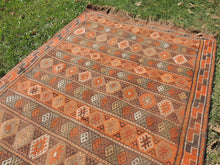 4x7 ft. Decorative Kilim Rug with Earthy Colors - bosphorusrugs  - 7
