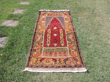 Beautiful Wool Turkish Prayer Rug - bosphorusrugs  - 2