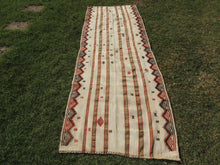 White Bohemian Kilim Rug with Tribal Motifs - bosphorusrugs  - 2