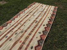 White Bohemian Kilim Rug with Tribal Motifs - bosphorusrugs  - 5