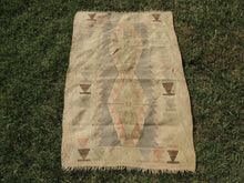Small Boho Turkish Kilim Rug with Earthy Pastel Colors - bosphorusrugs  - 2