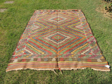 6x8 ft. Wool Turkish Kilim rug with Lovely Colors - bosphorusrugs  - 3
