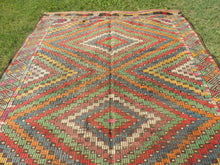 6x8 ft. Wool Turkish Kilim rug with Lovely Colors - bosphorusrugs  - 7