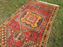"4x6 ft. Vintage Colorful Turkish area rug ""Star"" - bosphorusrugs  - 3"