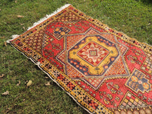 "4x6 ft. Vintage Colorful Turkish area rug ""Star"" - bosphorusrugs  - 6"