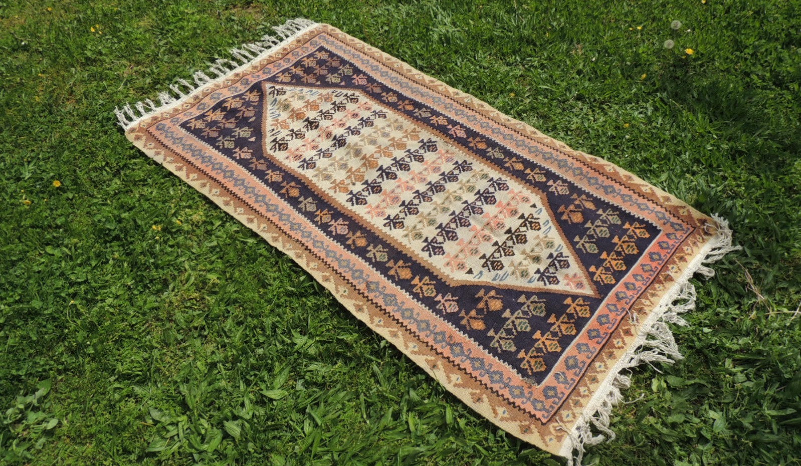 Tribal Persian kelim - bosphorusrugs  - 1