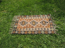 "Tribal Turkish ""Sivas"" kilim rug - bosphorusrugs  - 2"