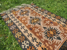 "Tribal Turkish ""Sivas"" kilim rug - bosphorusrugs  - 4"