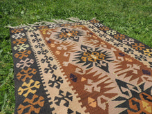 "Tribal Turkish ""Sivas"" kilim rug - bosphorusrugs  - 5"