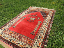 Antique Anatolian prayer rug - bosphorusrugs  - 7