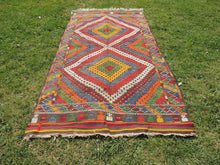 "Vintage Turkish kilim rug ""Rainbow"" - bosphorusrugs  - 3"