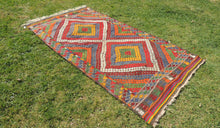 "Vintage Turkish kilim rug ""Rainbow"" - bosphorusrugs  - 1"