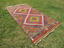 "Vintage Turkish kilim rug ""Rainbow"" - bosphorusrugs  - 5"