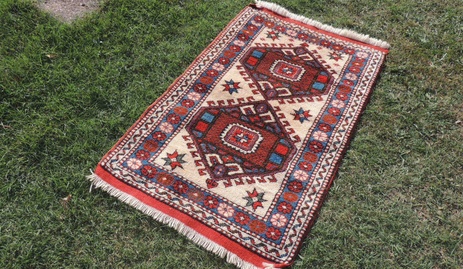 Geometric Wool Area Rug from Western Turkey - bosphorusrugs  - 1