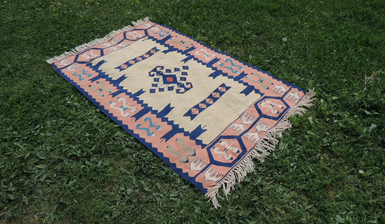 Tribal boho Turkish kilim - bosphorusrugs  - 1