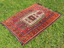Signed Turkish prayer rug - bosphorusrugs  - 7