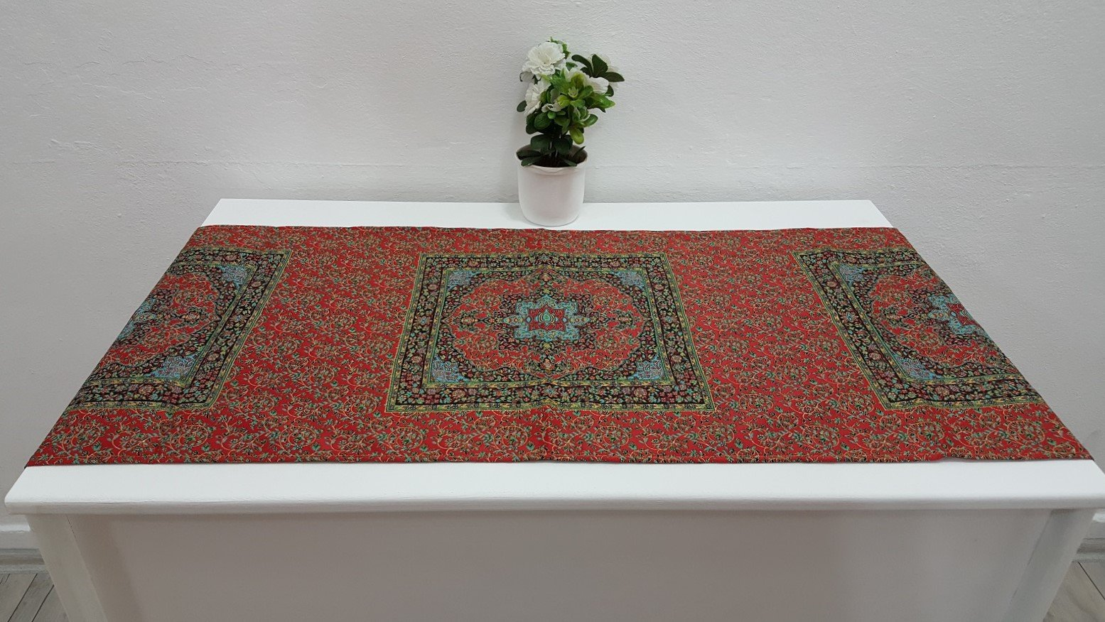 Red Colour Runner Tapestry Ceramic Design