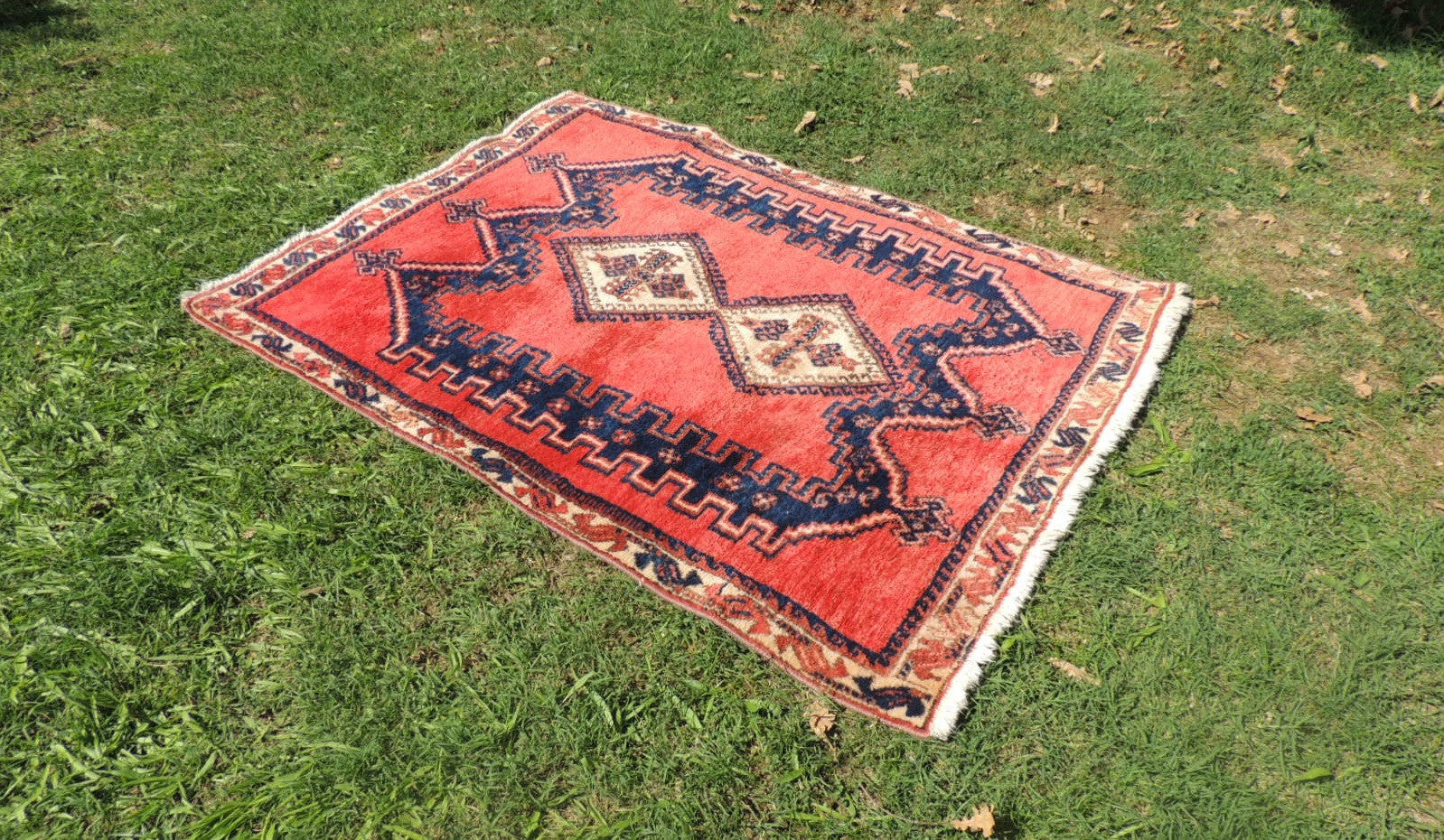 Tribal Persian area rug - bosphorusrugs  - 1
