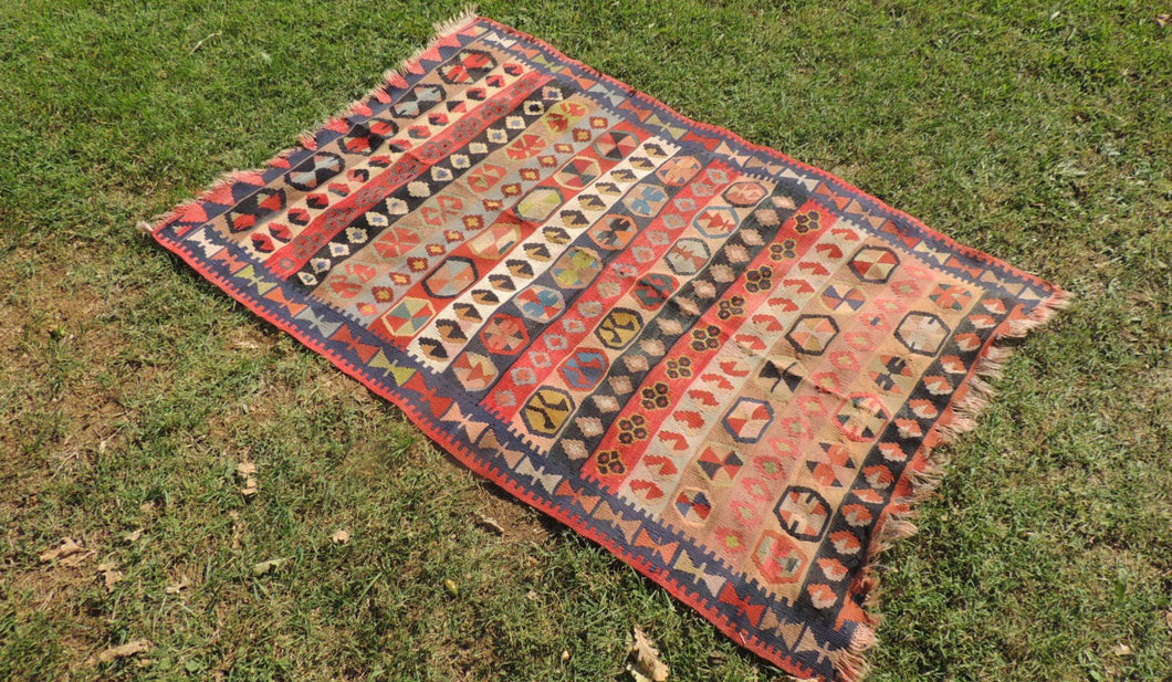 3x5 ft. Turkish Kilim Rug with Great Details and Very Fine Quality