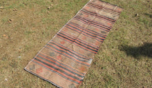 Vintage worn Turkish kilim throw - bosphorusrugs  - 1
