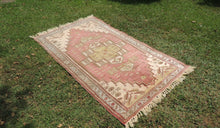 Vintage Turkish Milas rug silky wool - bosphorusrugs  - 1