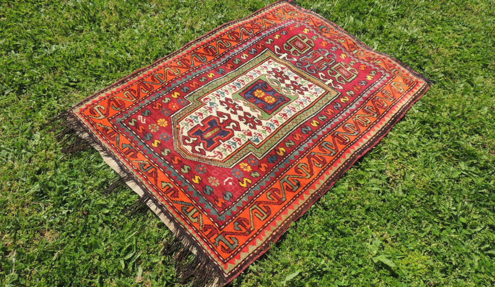 Signed Turkish prayer rug - bosphorusrugs  - 1